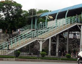 Hà Nội tiếp tục xây cầu vượt bộ hành