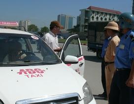 Hà Nội và TPHCM phạt gần 700 tỷ đồng vi phạm giao thông