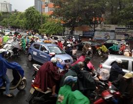 Hàng vạn người đi đón Trung thu, giao thông Hà Nội ùn tắc kéo dài
