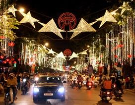 Hà Nội: 11 tỷ đồng trang trí đèn đường đón Tết Giáp Ngọ