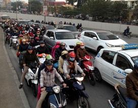 Hà Nội: Thu phí sử dụng đường bộ ì ạch do phương tiện chây ì