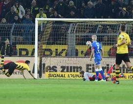Gundogan tỏa sáng, Dortmund thoát vị trí đội sổ