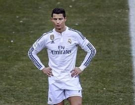 C.Ronaldo: Một mùa giải, hai hình ảnh