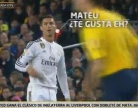 Ăn vạ bất thành, C.Ronaldo có hành vi khiếm nhã với trọng tài