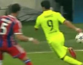 Tròn mắt trước pha qua người tuyệt đỉnh của Suarez