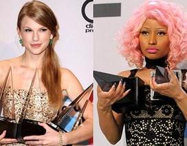 """Taylor Swift mỉa mai đáp lại màn """"đá xéo"""" của Nicki Minaj"""