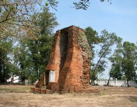 Cận cảnh ngôi tháp cổ hơn 1.000 năm tuổi