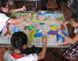 Học sinh Cần Thơ thi vẽ tranh vì môi trường thân thiện
