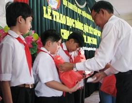 Cần Thơ: Trao nhiều phần quà Tết cho học sinh nghèo