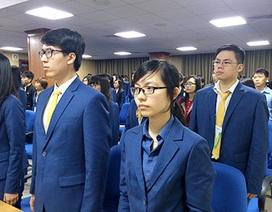 Gần 400 sinh viên giỏi ngoại ngữ tham gia tình nguyện tại IPU 132
