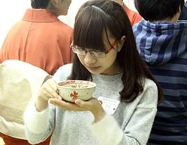 Bạn trẻ Hà thành rủ nhau đi học trà đạo Nhật Bản