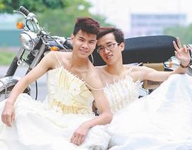 """Hài hước ảnh """"cưới"""" của nam sinh ủng hộ hôn nhân đồng giới"""