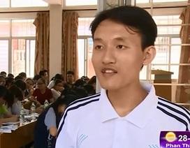 Chàng SV Ngoại thương mở lớp luyện thi miễn phí môn Hóa