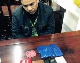 CSGT bắt 2 vợ chồng mang 1.200 viên hồng phiến