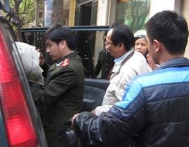 Vụ buôn lậu rượu ở Halico: Bắt giữ một cán bộ Hải quan