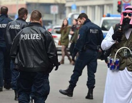 Đức hủy lễ hội hóa trang vì cảnh báo khủng bố