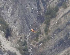 Hình ảnh đầu tiên từ hiện trường vụ rơi máy bay Đức