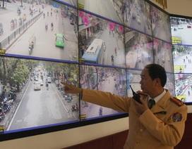 """Một ngày tại trung tâm """"bắt"""" lỗi giao thông khắp Hà Nội"""
