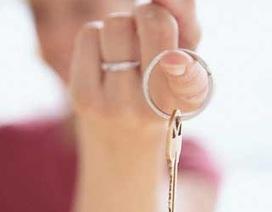 """""""Chìa khóa hạnh phúc nằm trong túi người vợ""""?"""