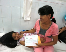 Quỹ Nhân ái hỗ trợ 5 triệu đồng đến với bé Trúc Ly