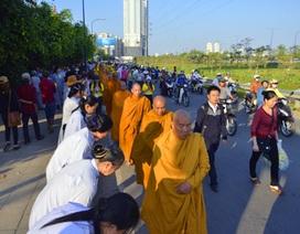 1.250 nhà sư tham gia lễ khất thực lớn nhất nước