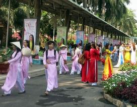 Phụ nữ TPHCM nô nức tham gia Lễ hội Áo Dài