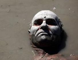 """Tắm bùn để chữa """"bách bệnh"""""""