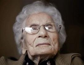Người già nhất thế giới bước sang tuổi 115