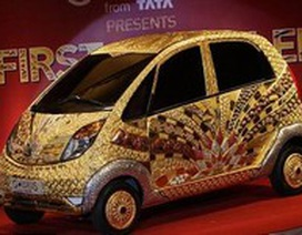 """Ấn Độ """"trình làng"""" xe hơi nạm 80kg vàng ròng"""