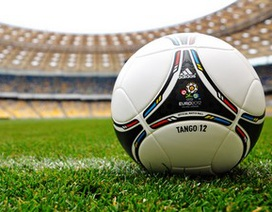 """Cuồng nhiệt cùng trái bóng với bộ sưu tập hình nền """"Euro 2012"""""""