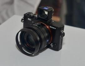 Sony ra mắt máy ảnh Full-Frame đầu tiên tại Việt Nam