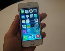 Ảnh thực tế iPhone 5S với nút Home tích hợp cảm biến quét vân tay