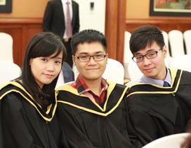 Những sinh viên đầu tiên nhận tấm bằng ĐH London ngay tại Việt Nam