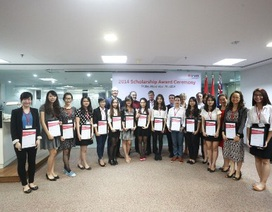 Đại học RMIT Việt Nam trao tặng 16 học bổng đến HS, SV Hà Nội