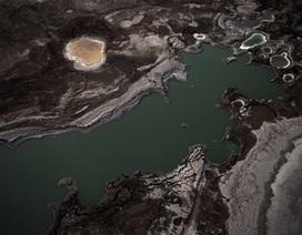 Hiện tượng hố sâu Biển Chết 'nuốt chửng' đất liền