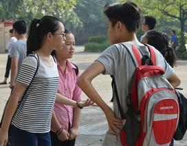 """Bắt đầu """"cuộc đua"""" vào lớp 10 công lập của 160.000 học sinh Hà Nội, TPHCM"""
