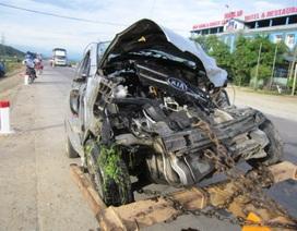 Xe chở xăng tông thẳng xe taxi, tài xế chết thảm