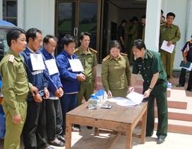 """Thưởng """"nóng"""" chuyên án phá đường dây vận chuyển ma túy từ Lào về Việt Nam"""