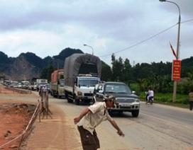Xe tải cán chết 4 nữ sinh đèo nhau trên một chiếc Vespa