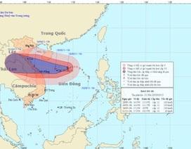 Bão số 10 còn mạnh thêm áp sát vùng biển Quảng Trị- Quảng Nam