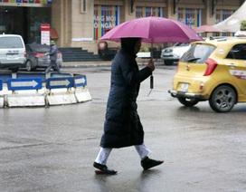Bắc - Trung mưa nhỏ, Nam Bộ khô nóng