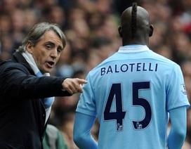 """Mancini đau đớn nói lời chia tay """"con trai"""" Balotelli"""
