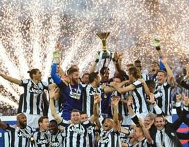 "Juventus giương cao Scudetto trong ""bữa tiệc"" cảm xúc"