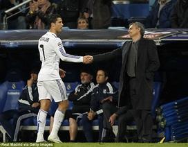 """Mourinho muốn """"lôi kéo"""" C.Ronaldo về đầu quân cho Chelsea"""