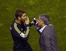 """Sergio Ramos không tin Mourinho """"tháo chạy"""" vì áp lực"""