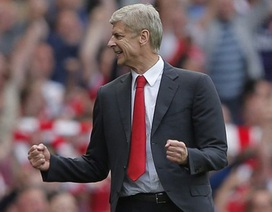 "Xong Ozil, Arsenal gấp rút ""trói chân"" Arsene Wenger"