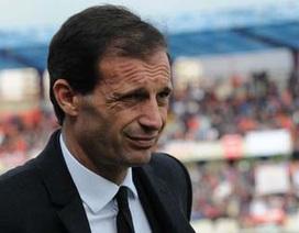 AC Milan chính thức sa thải HLV Allegri