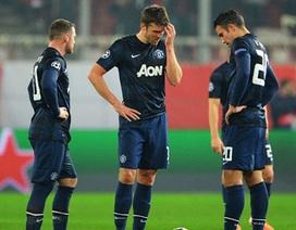 Van Persie chỉ trích đồng đội sau trận thua Olympiacos
