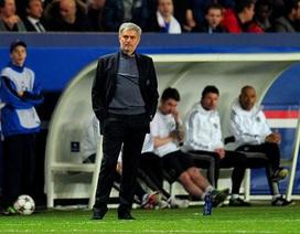 Mourinho chỉ trích thậm tệ hàng thủ sau thất bại trước PSG