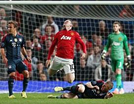 Guardiola giận tím mặt vì chiếc thẻ đỏ của Schweinsteiger